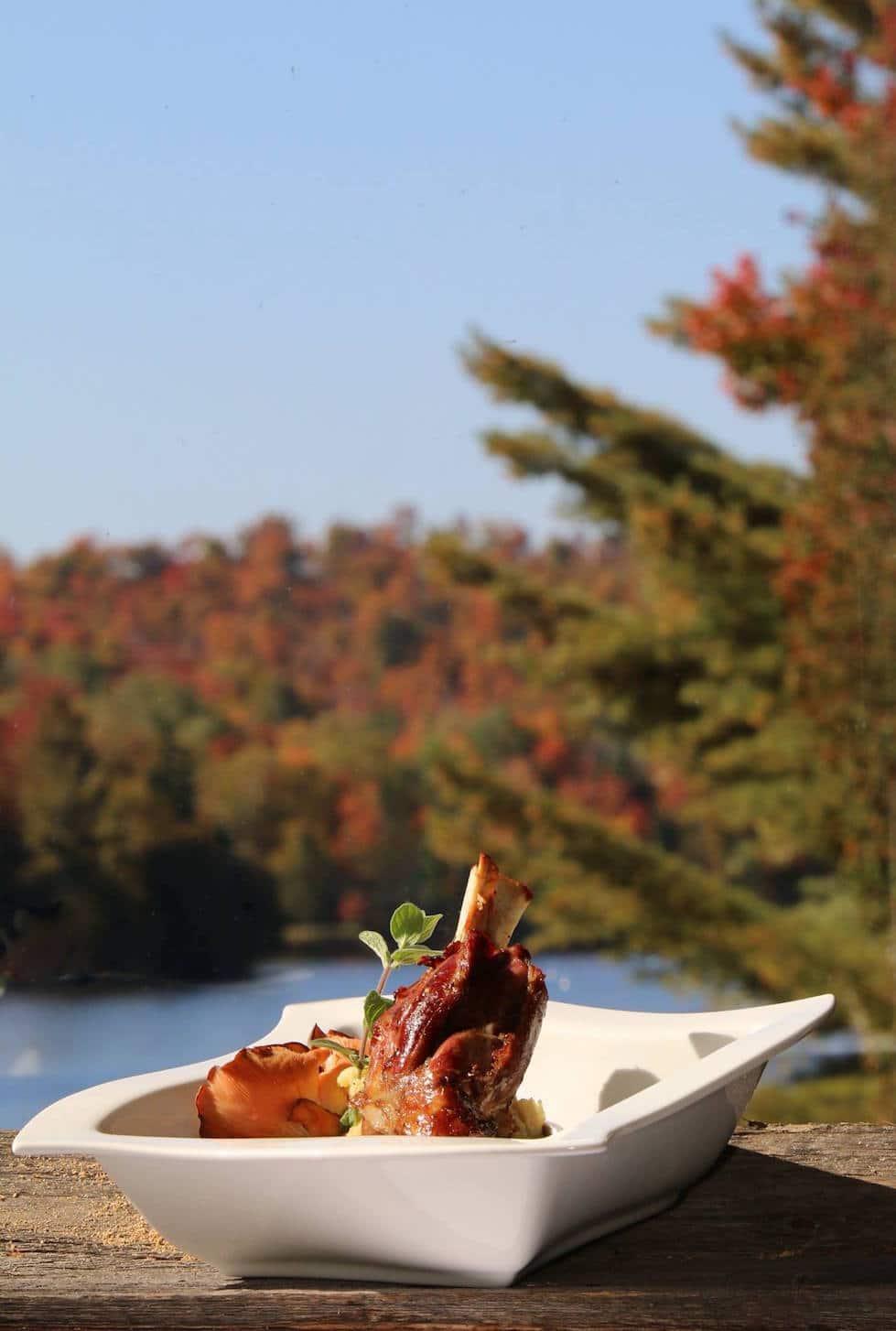 hotel & villégiature lac carling resort laurentides hébergement fine cuisine et grillades